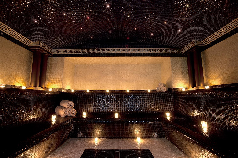 Les 10 plus beaux spas du monde en images for Les bain de lea paris